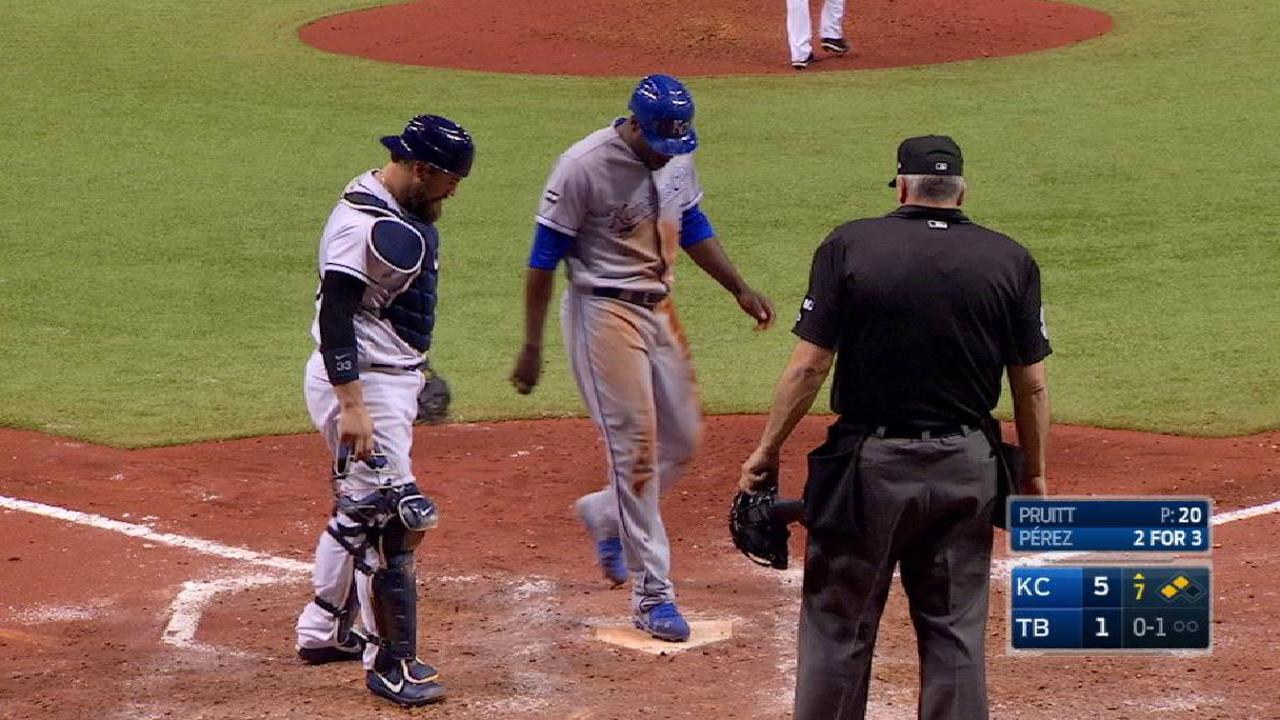 Cain adds to the lead in the 7th