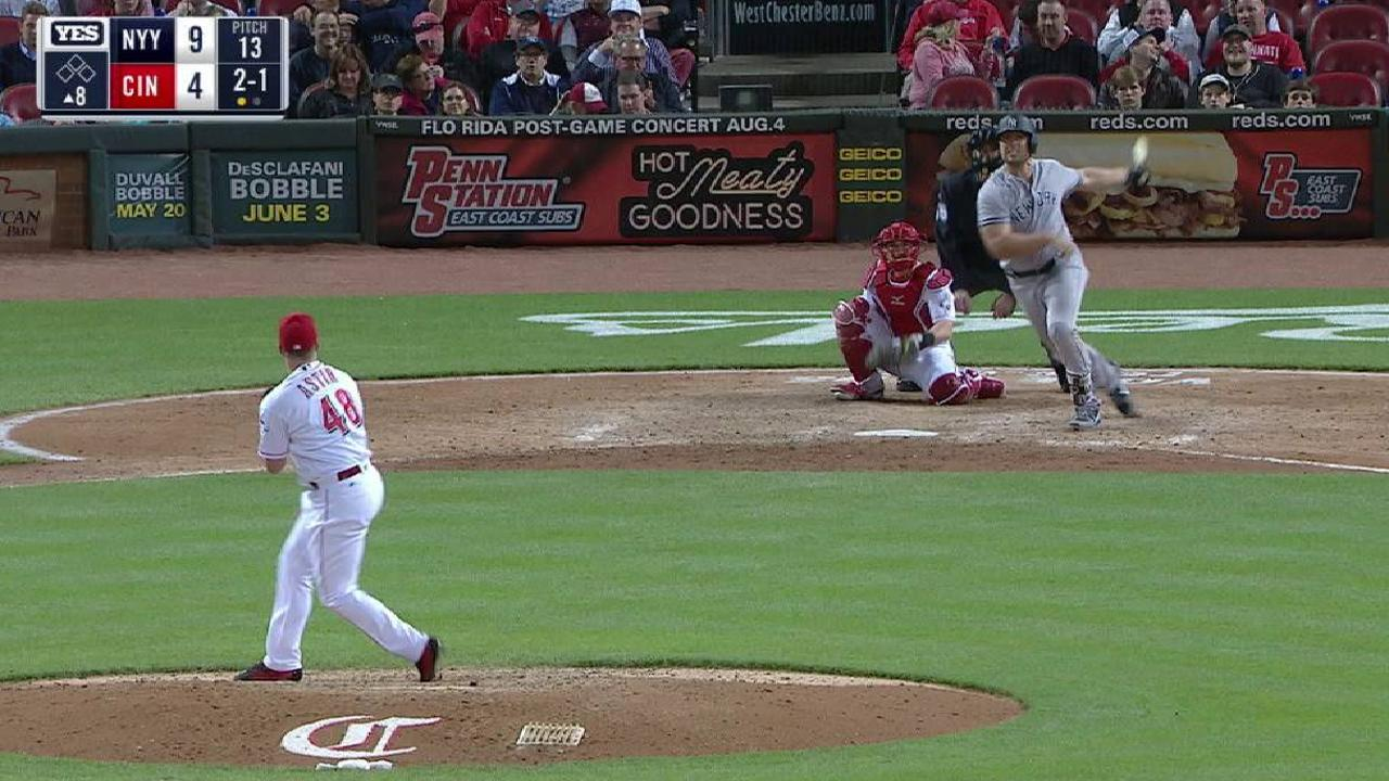 Holliday's solo shot to center
