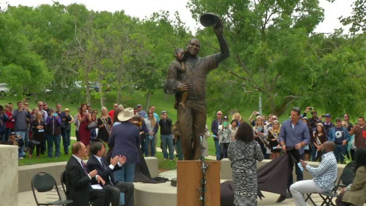 Mr. Padre honored in nearby Poway with statue