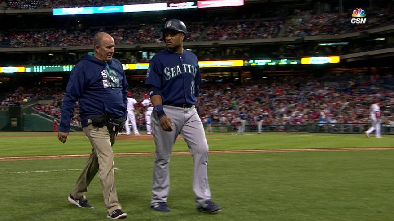 Mariners battle injuries, but Cano near return