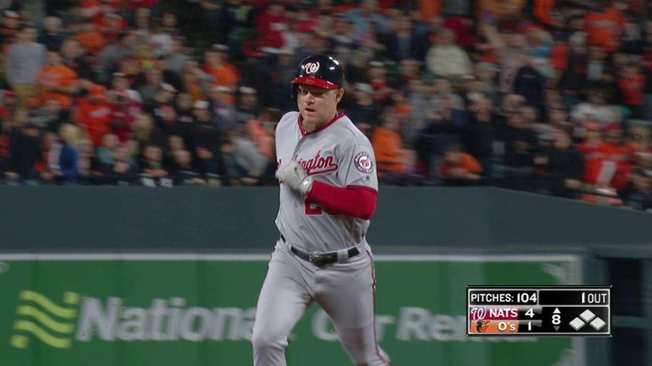 Lind's pinch-hit three-run homer