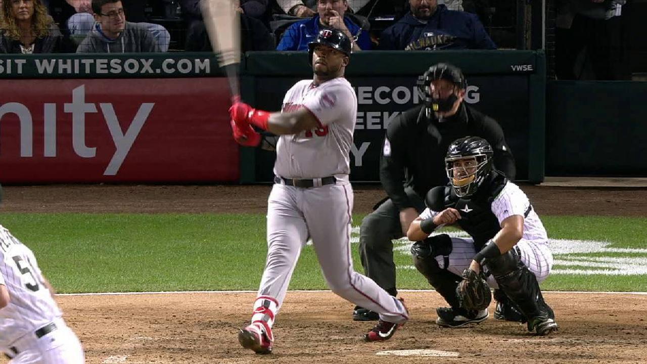 Power ball: Vargas' blast helps pick up Twins