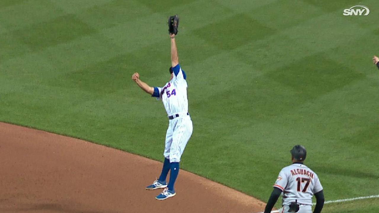 Rivera reacts to tough hop