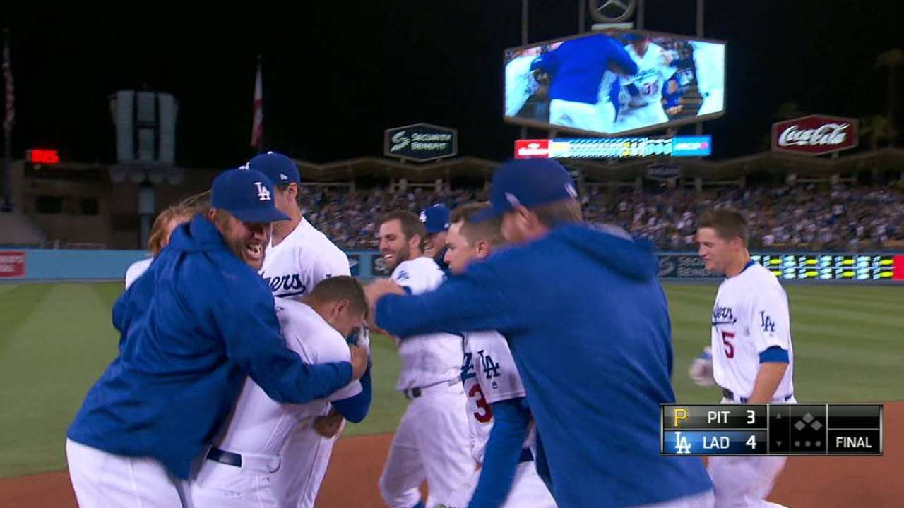 Barnes' walk-off double