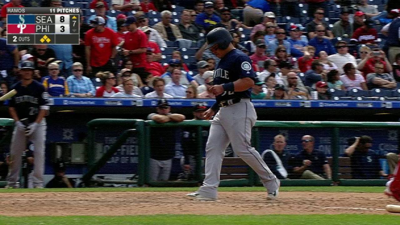 Cano's bases-loaded walk