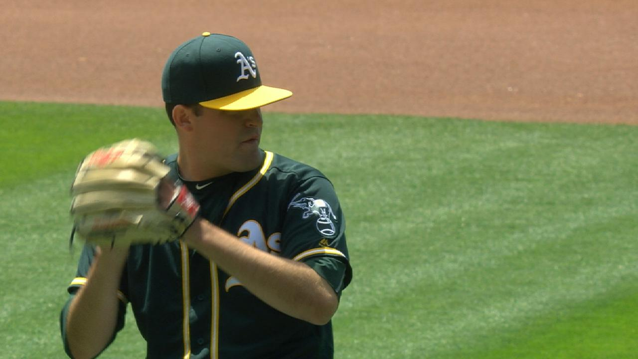 Triggs pilots A's over Angels in rubber match