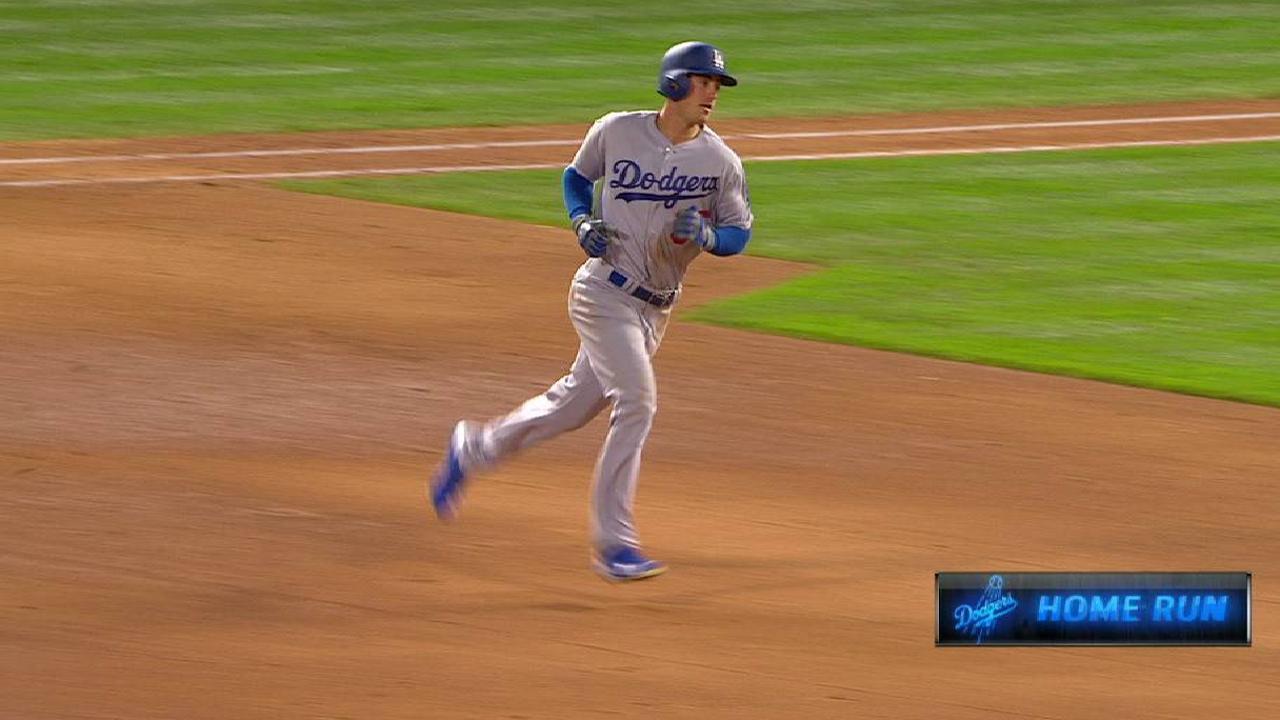 Bellinger's solo home run