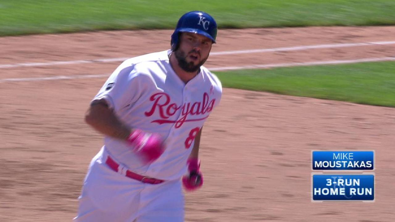Royals rally from 5 down, sweep Orioles