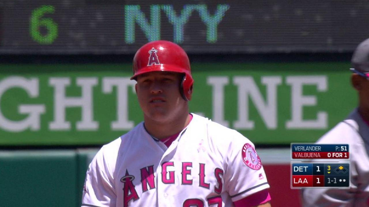 Trout's delayed steal
