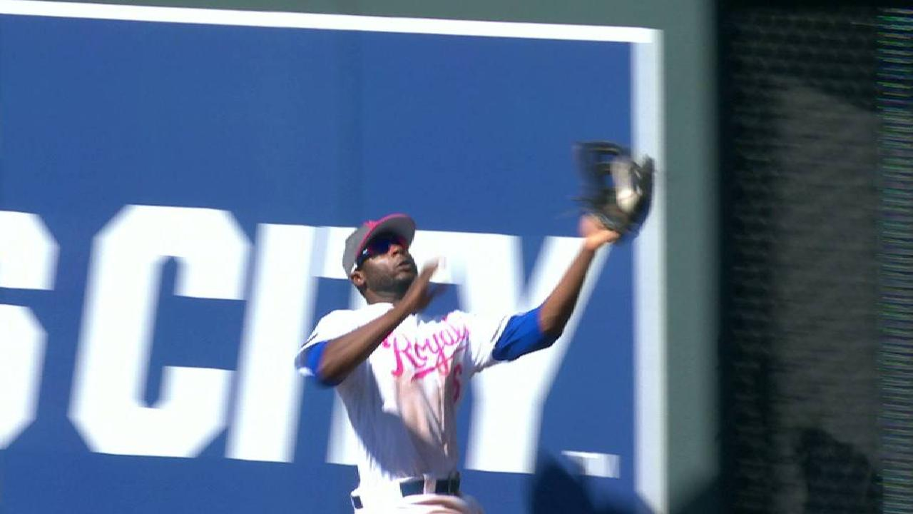 Cain's tough catch in center