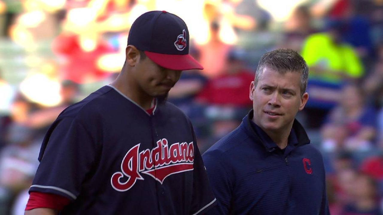 Carrasco leaves game in the 4th