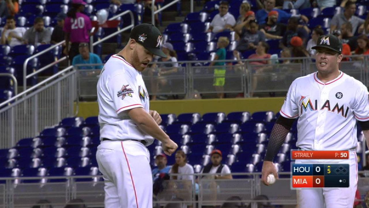 Straily takes liner off arm