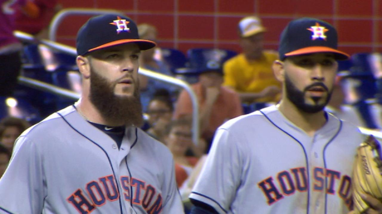 Keuchel, Jake's jacks fuel Astros in Miami