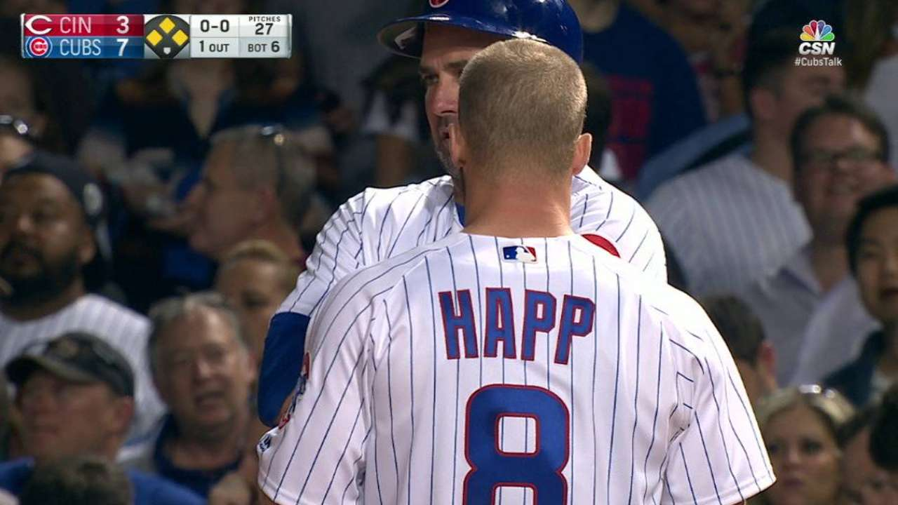Happ's bases-loaded walk