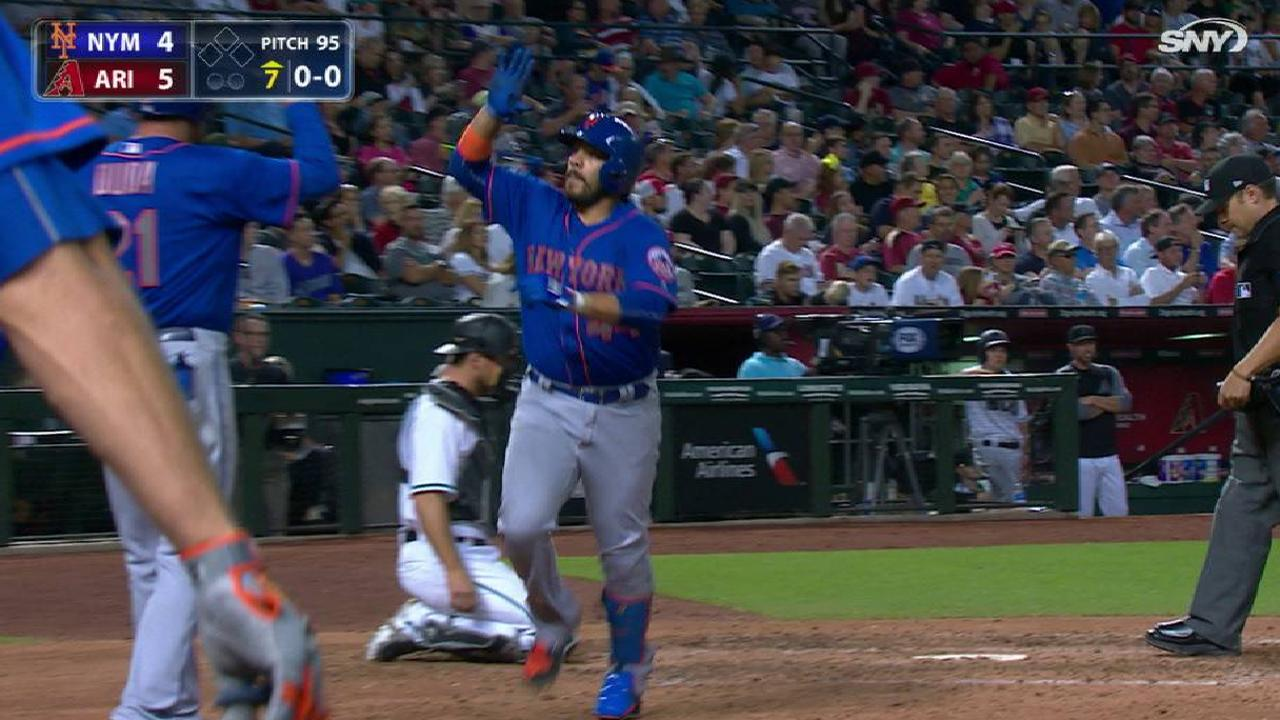 R. Rivera's two-run home run