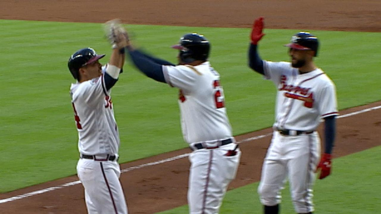 Braves ride 6-run 1st to heated win over Jays