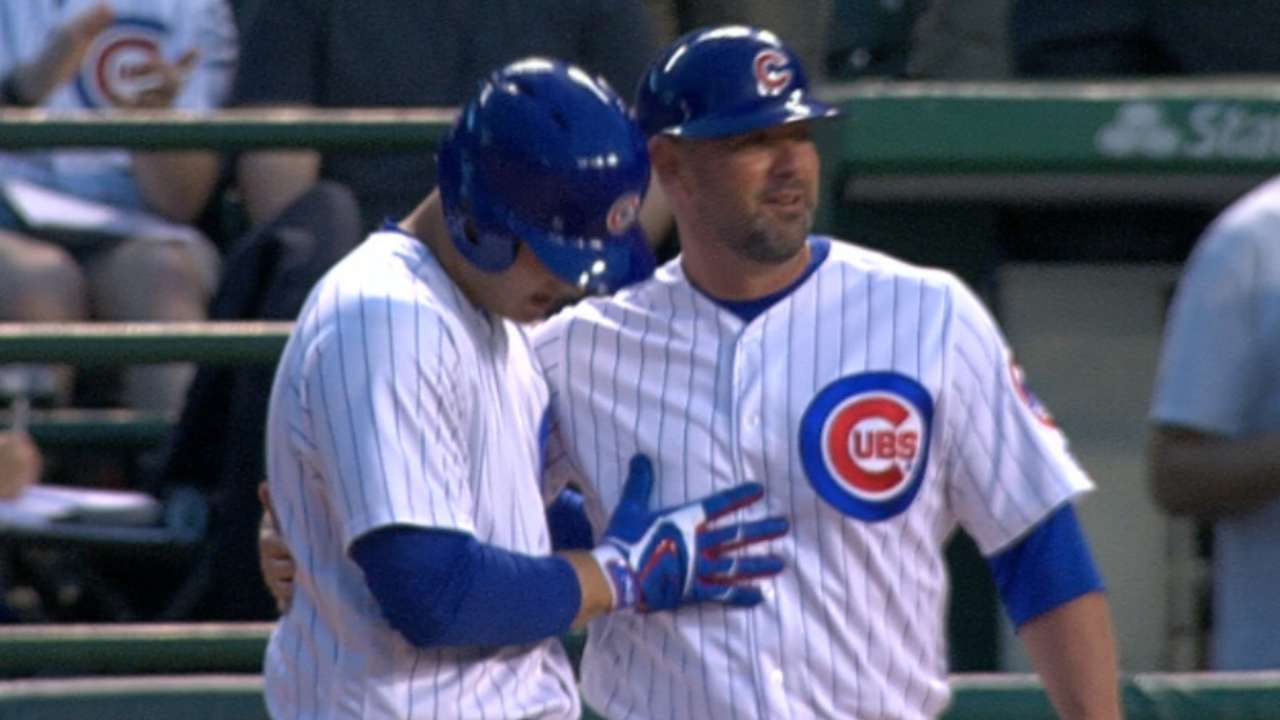Cubs ride 5-run 2nd to win over reeling Reds