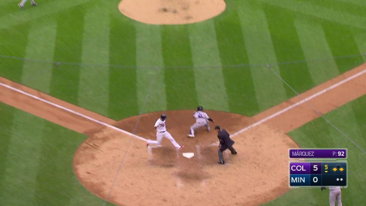 Twins can't bail out Ervin in DH-opening loss