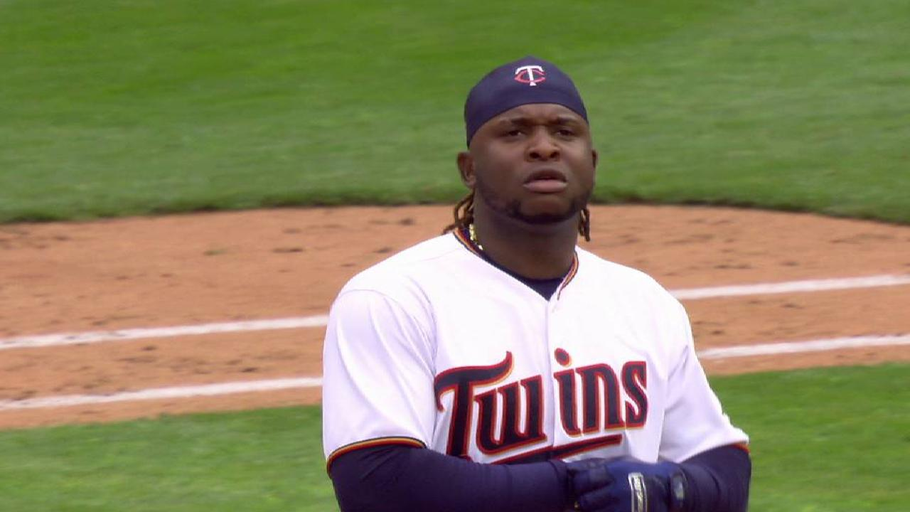 Confidence in curve helps Marquez vs. Twins