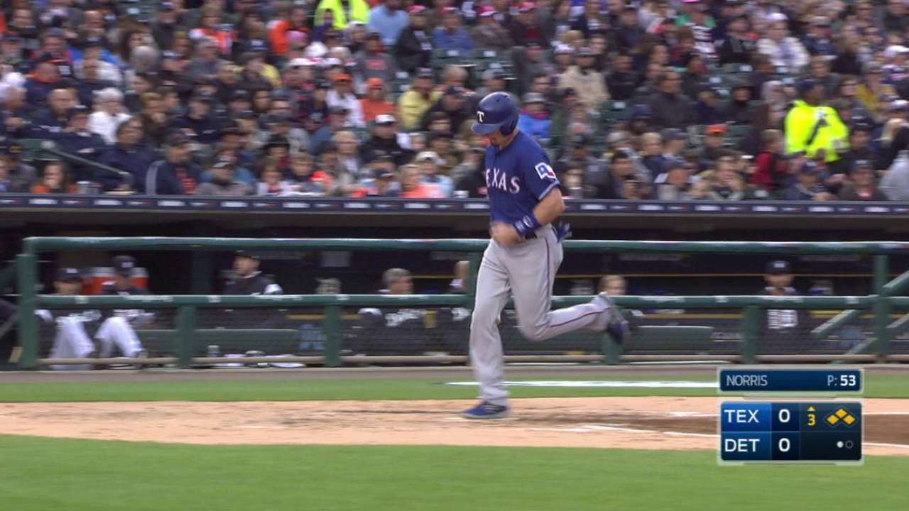 Andrus draws a bases-loaded walk