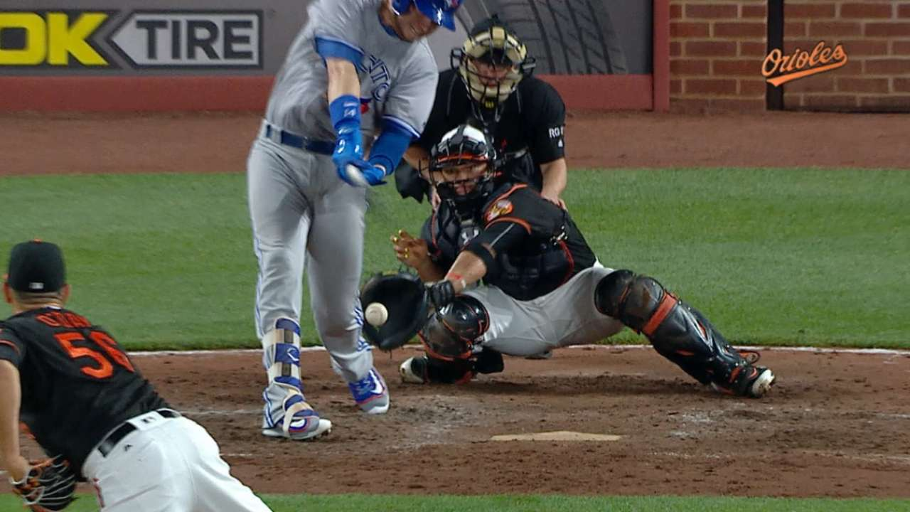 Blue Jays' go-ahead run overturned in 7th