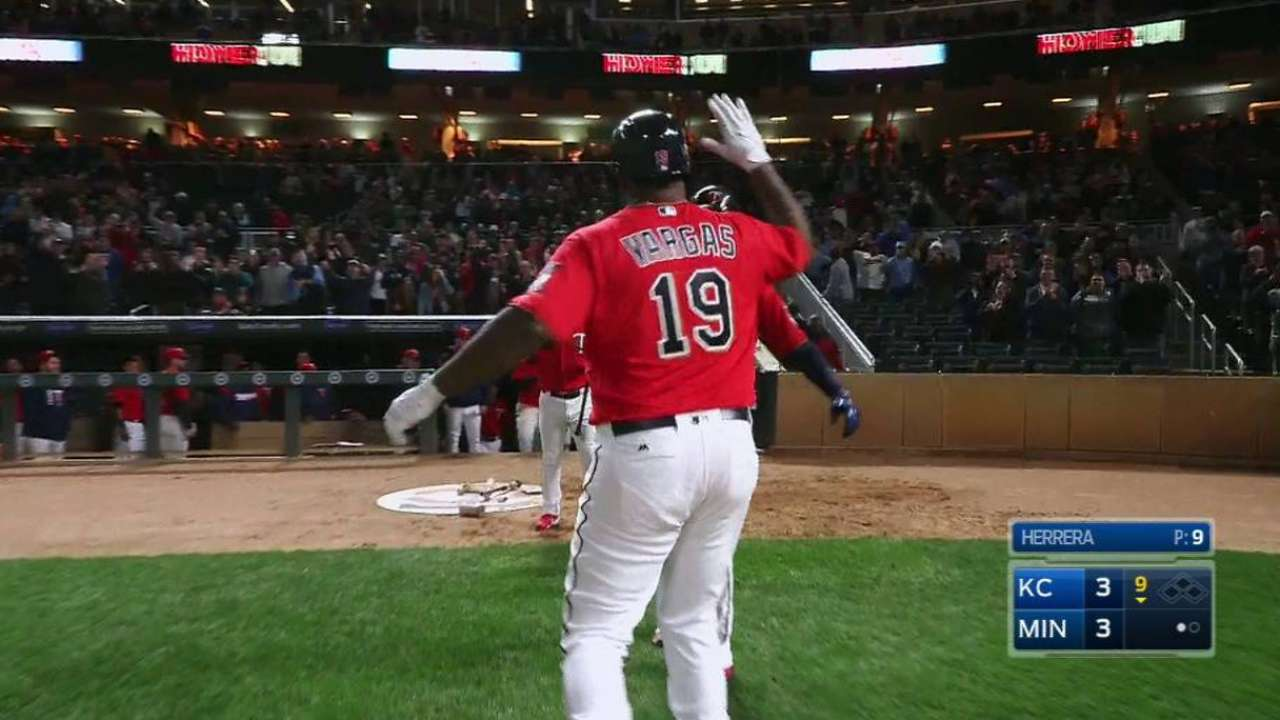 Vargas delivers in pinch with tying home run