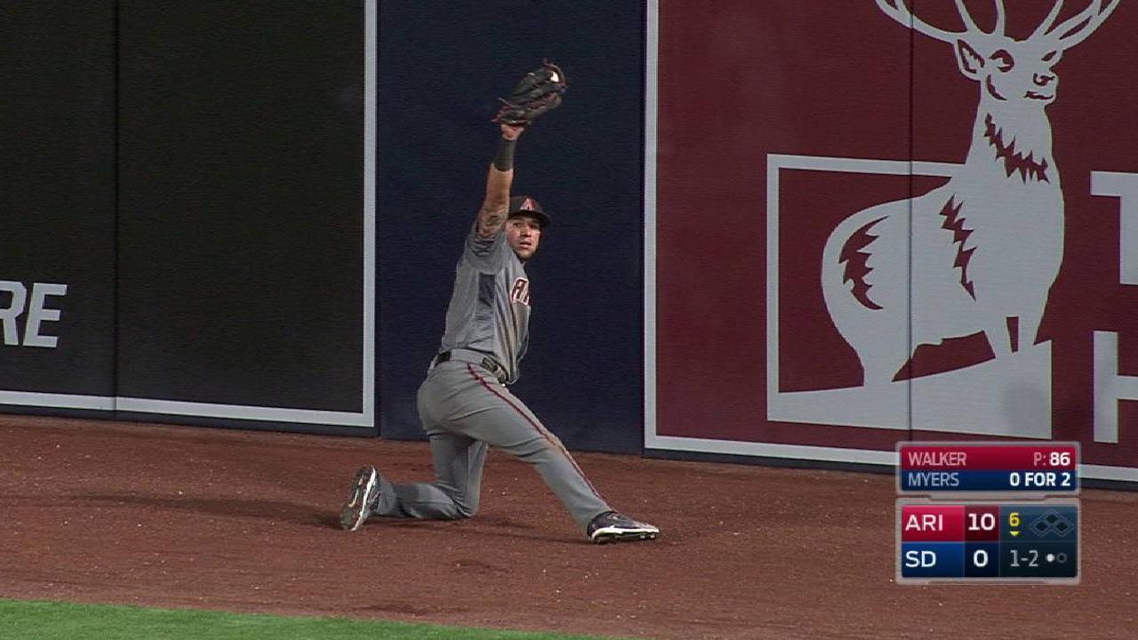 Peralta robs a home run