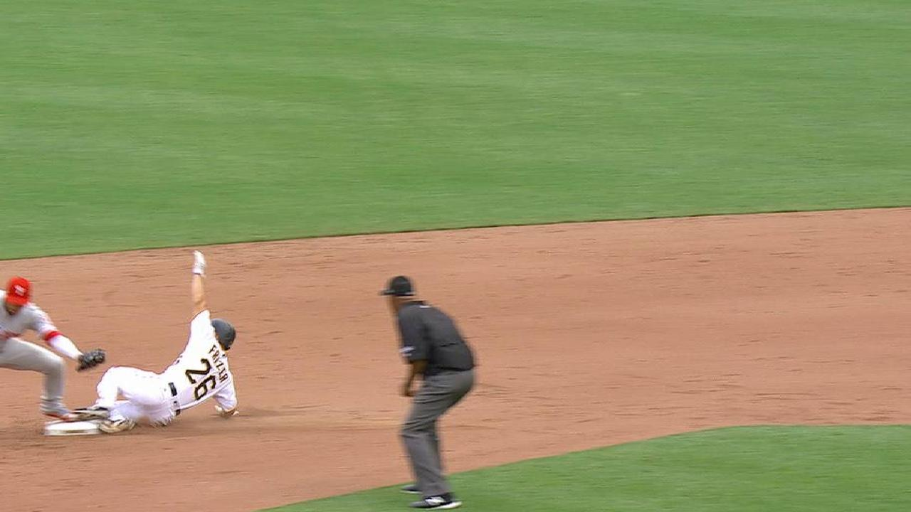 Frazier reaches second base