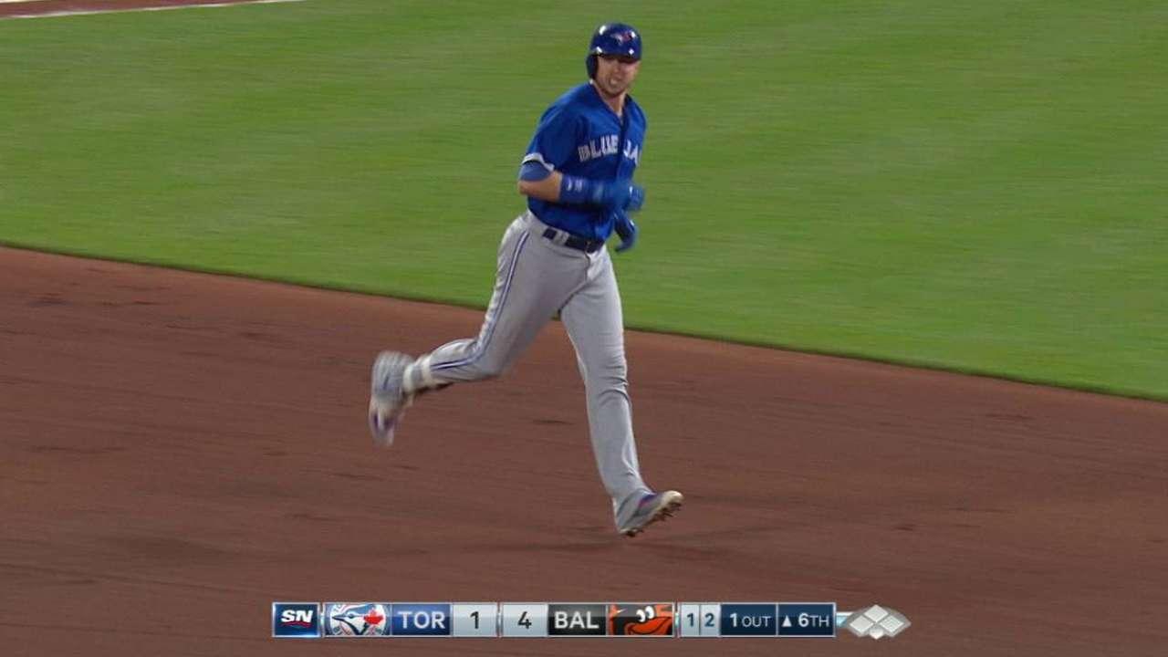 Smoak's solo home run