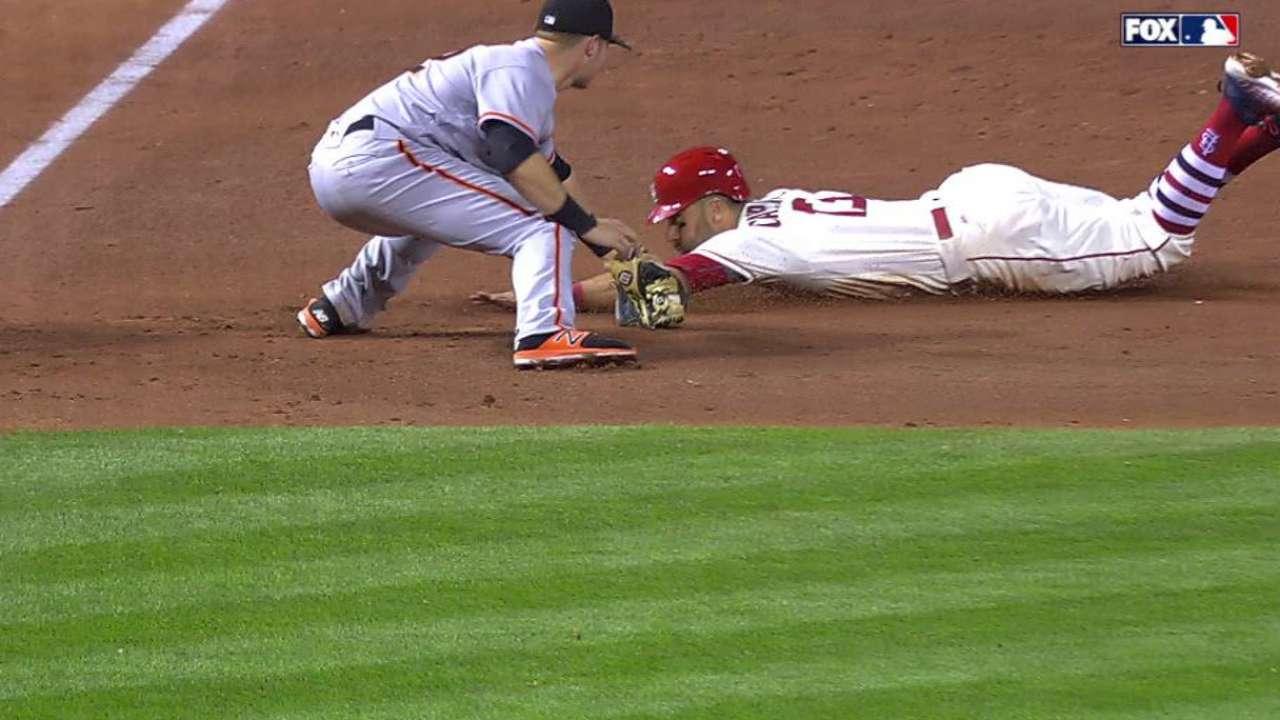 Nunez throws out Carpenter
