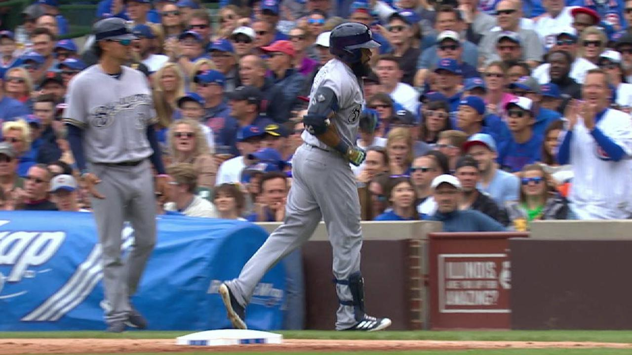 Thames leaves game with injury