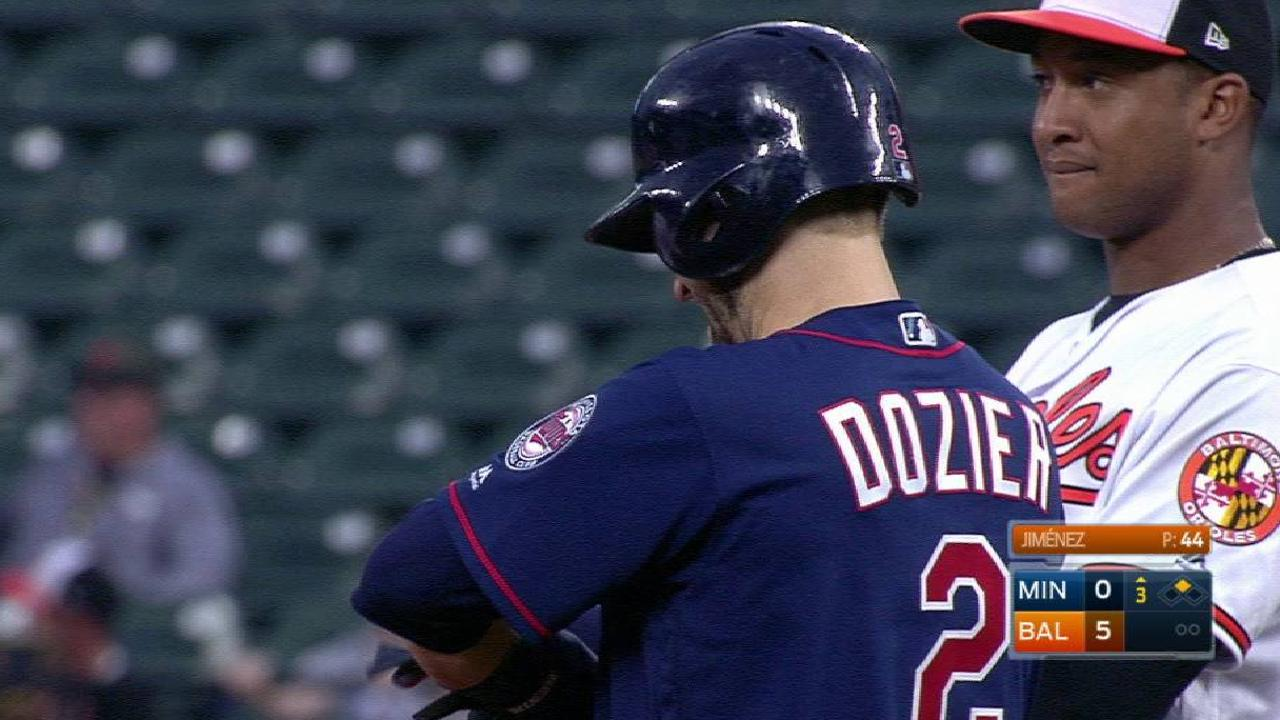 Dozier's double to left