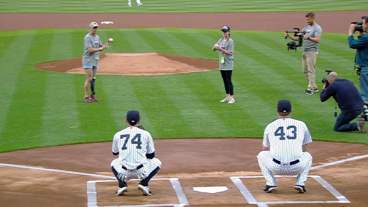 Yankees honor Palmiero-Winters