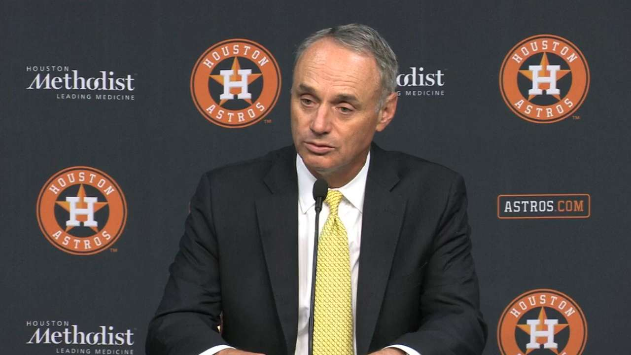 Manfred on security at parks