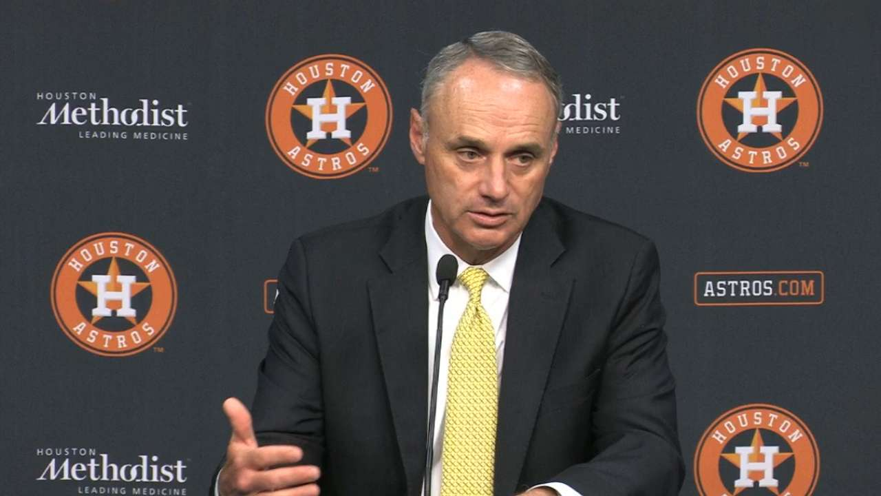 Manfred a proponent of games in Mexico