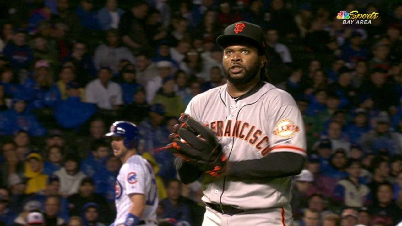 Blisters hamper Cueto in loss to Cubs
