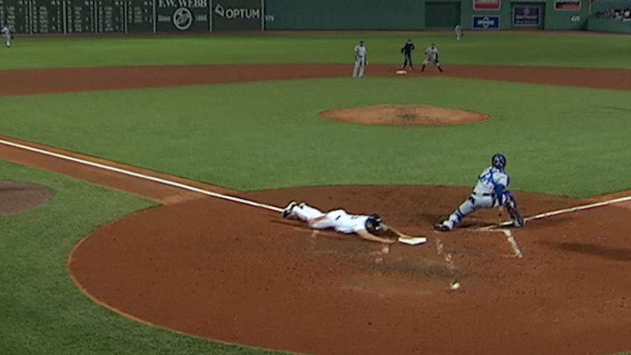 Hot Red Sox offense rallies to beat Rangers