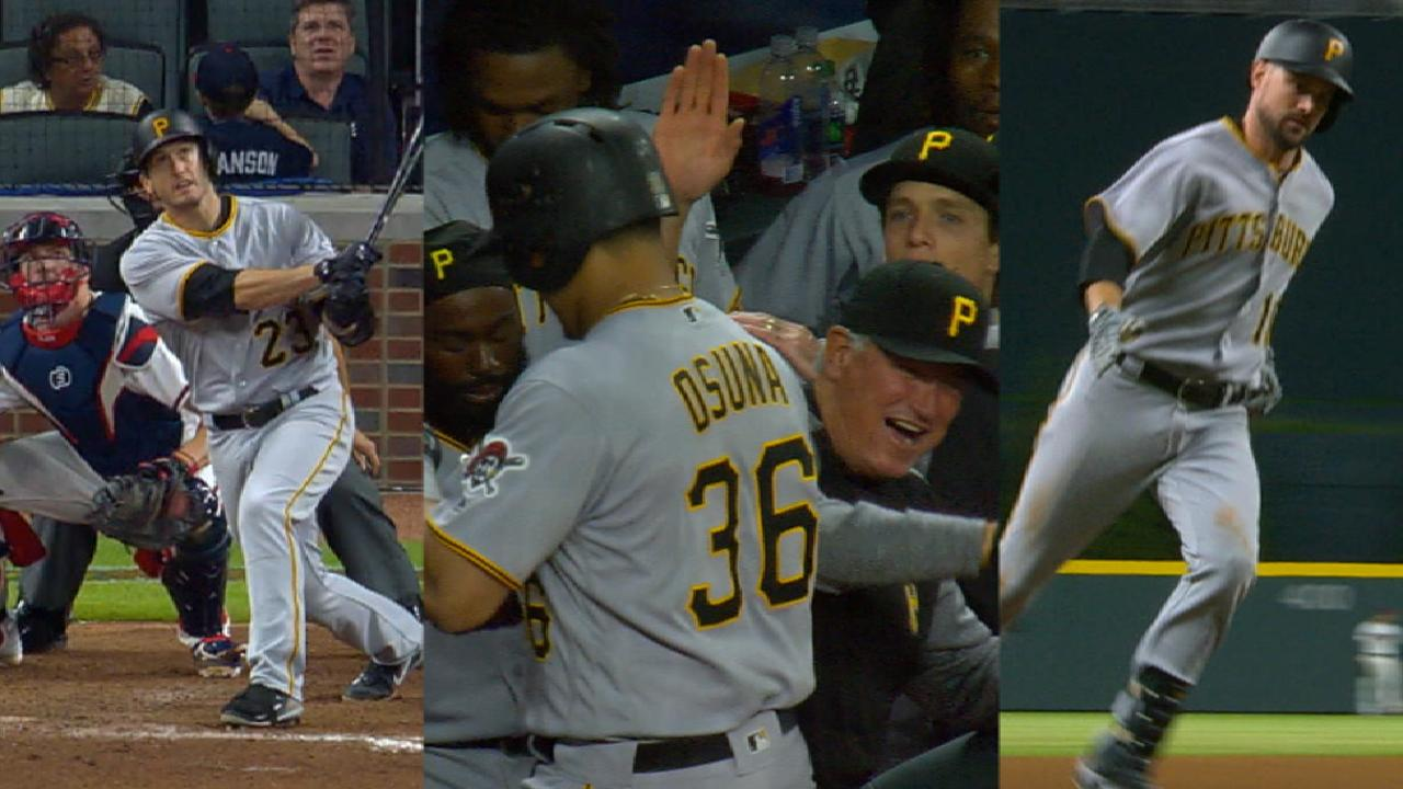 3 in a row: Trio of HRs caps Bucs' comeback