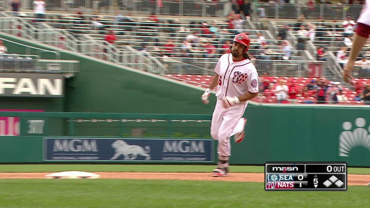 Rendon's solo homer to left