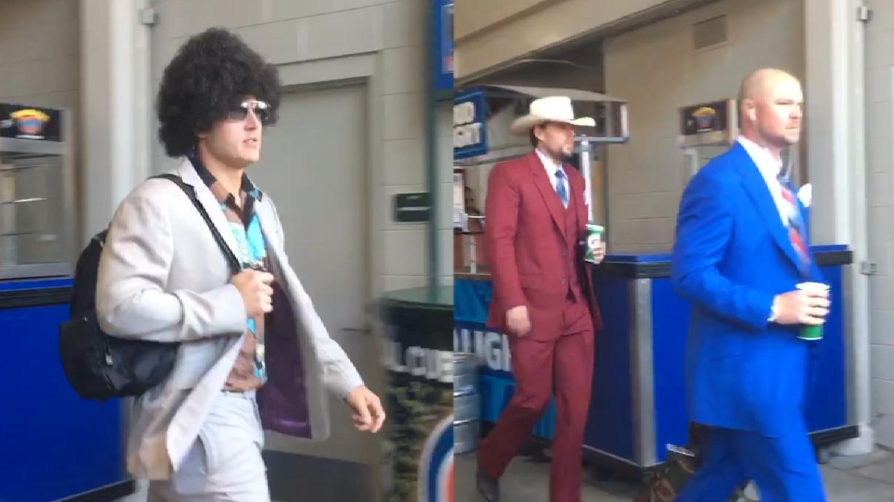 Suit and fly: Cubs stay classy for road trip