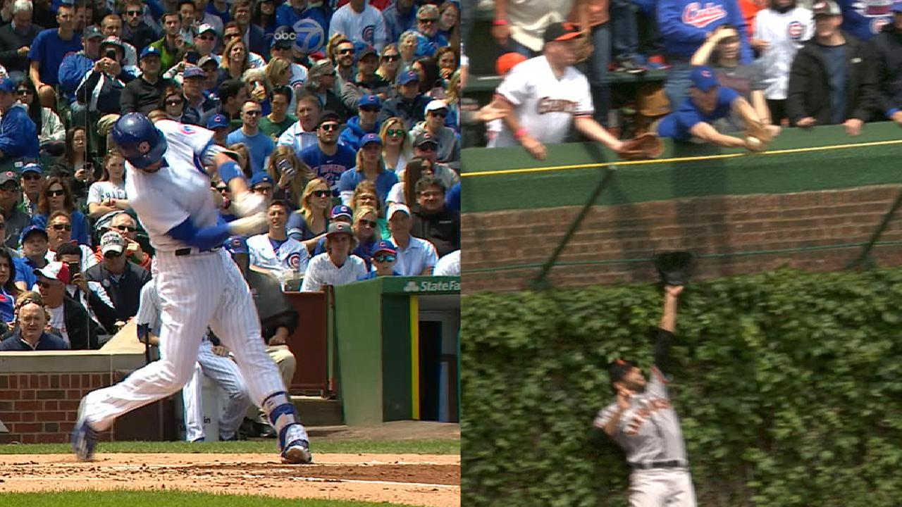 Bryant homers -- with or without fan's grab