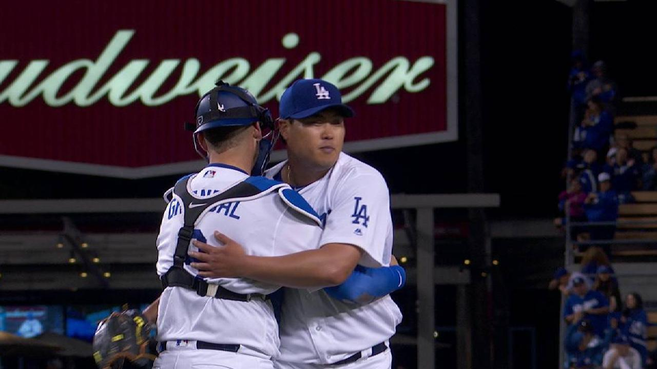 Ryu shines in relief debut, still wants to start