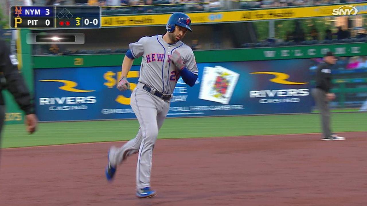 DeGrom, Walker conducen paliza de Mets sobre los Piratas