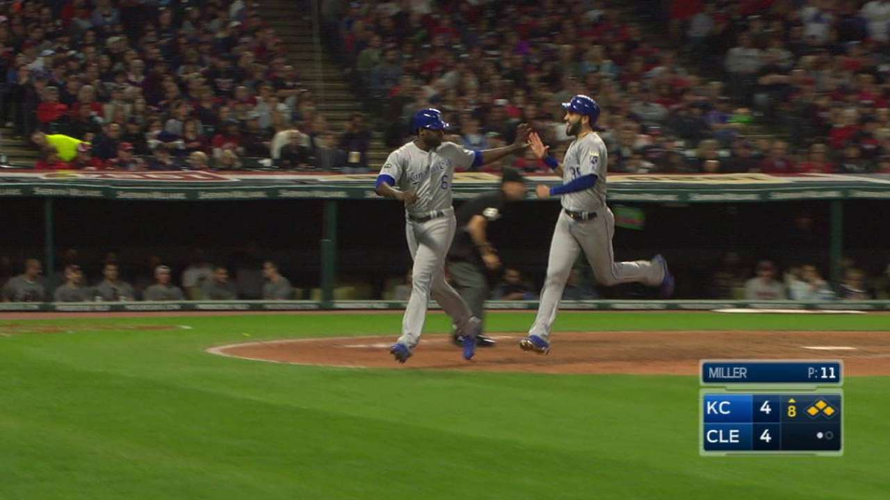Royals rally from 4-run deficit to beat Indians