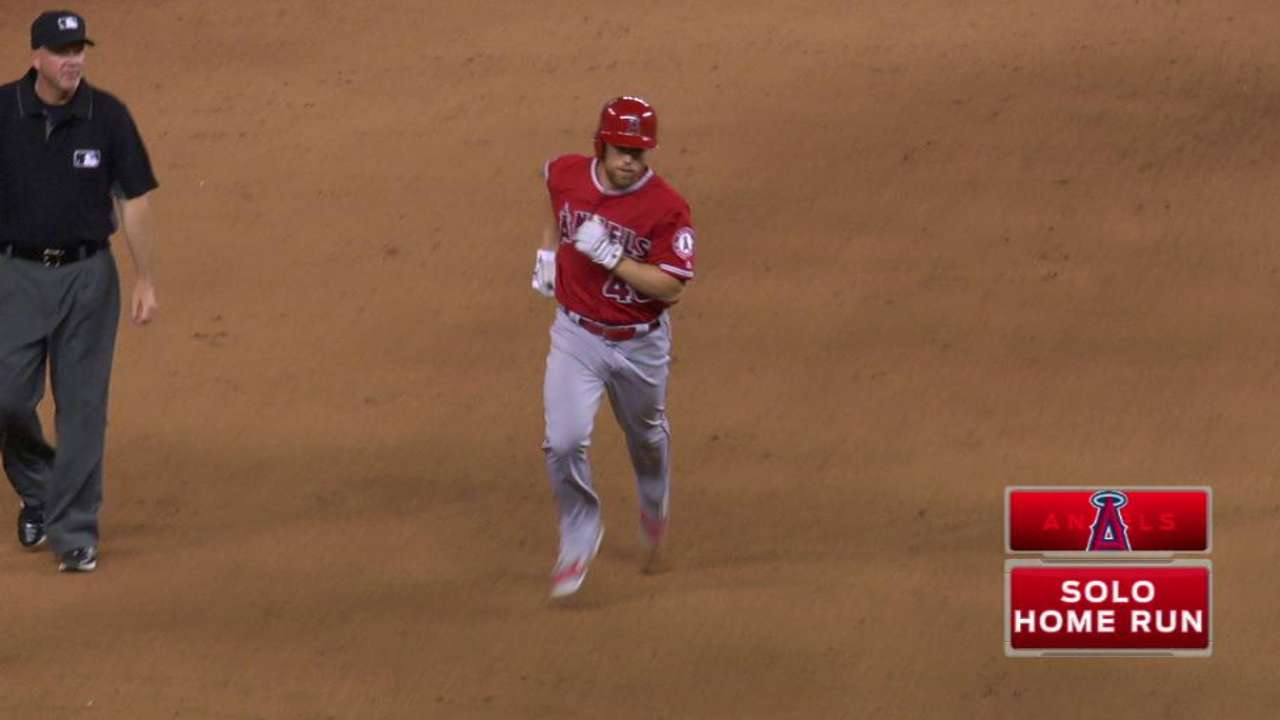 Fontana's first hit comes on 9th-inning homer