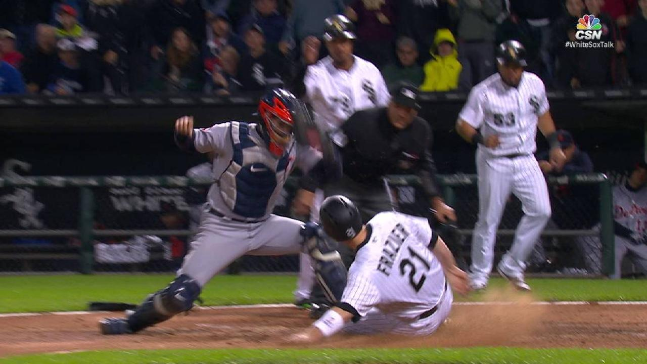 Avisail's bases-clearing double