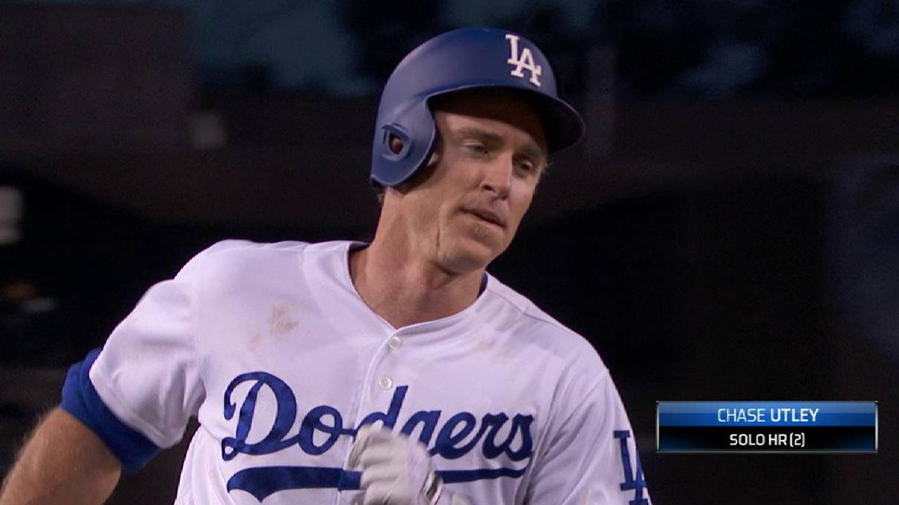 Utley's solo homer to center
