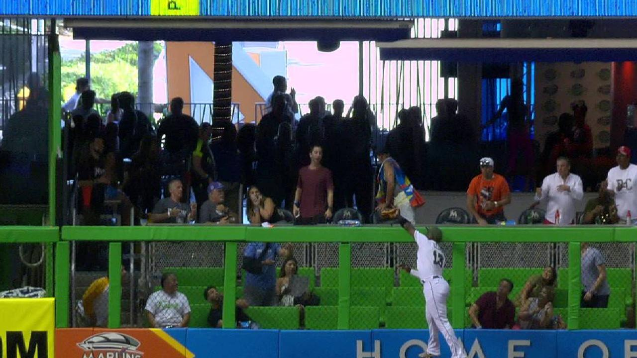 Ozuna's leaping grab