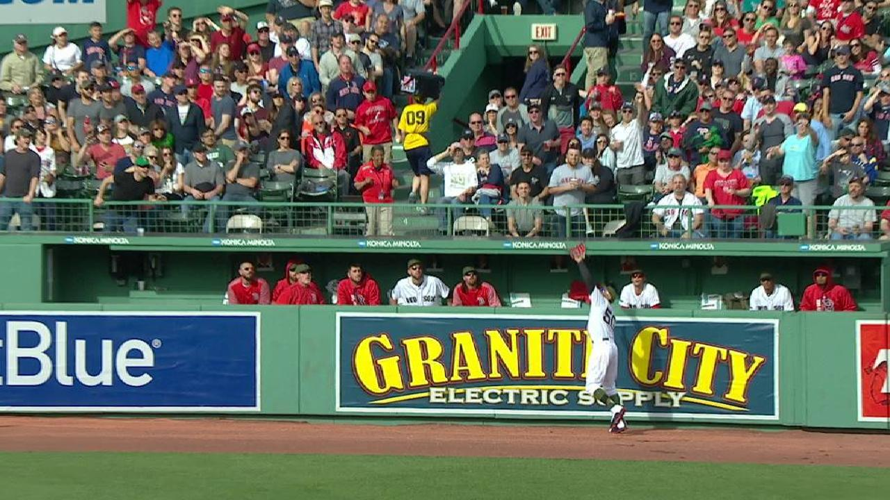 Betts' nice catch in right