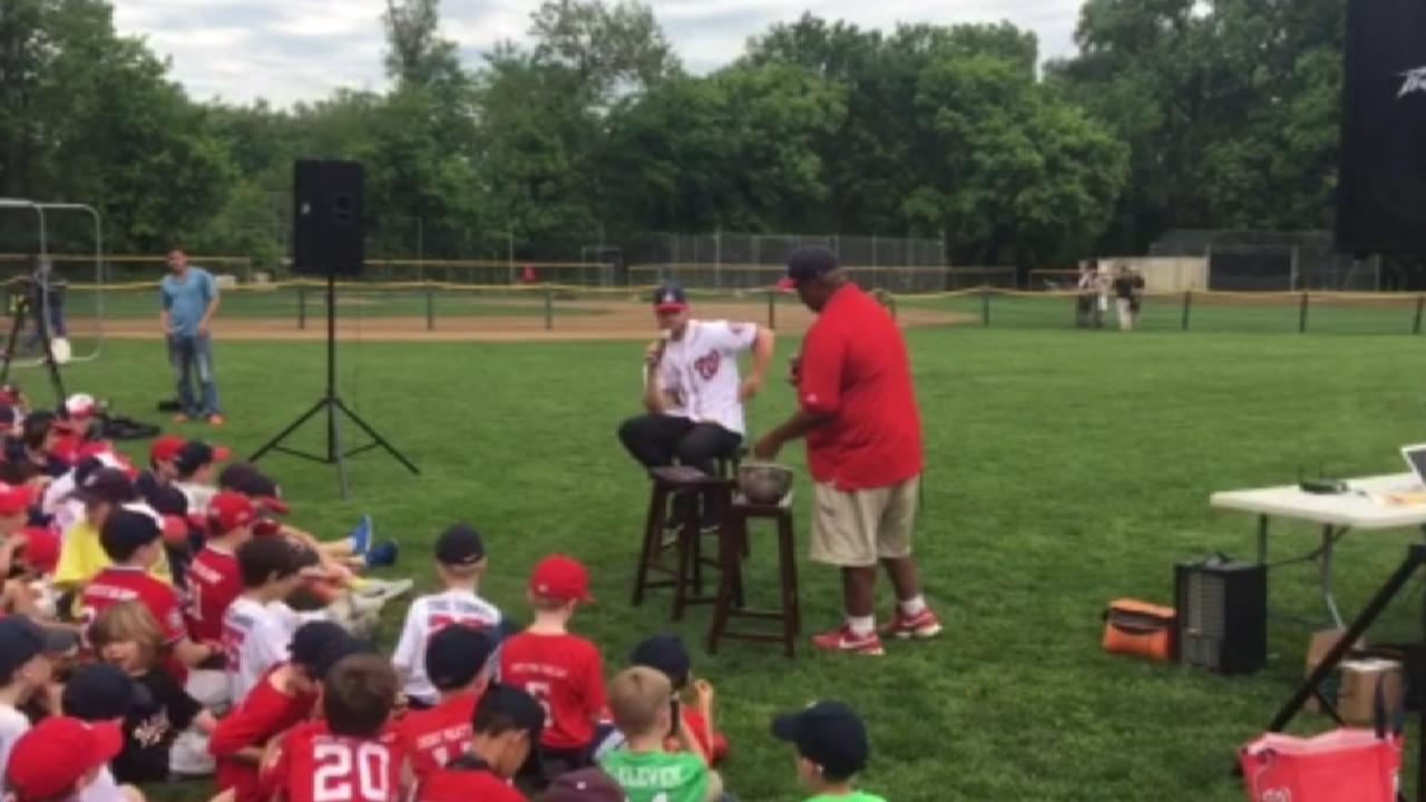 Harper, Nats visit 200 youth players